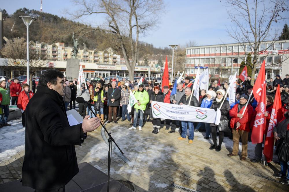 Rabi Ferenc, a Bánya, Energia és Ipari Dolgozók Szakszervezetének (BDSZ) elnöke Salgótarjánban
