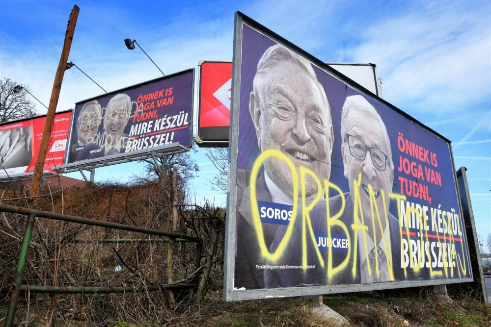 A Fidesz tájékoztató kampánya ismét szembemegy Brüsszellel