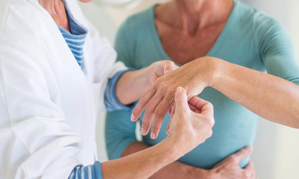 ujj fájdalom index ízület lép ízületi fájdalom