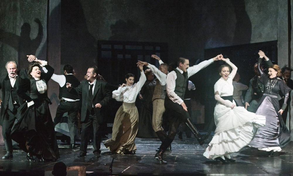 Lobbanó gyűlölet – Kivilágos kivirradtig Miskolci Nemzeti Színházból