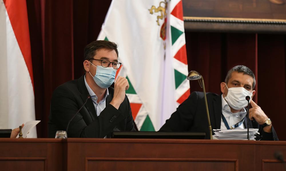 Szerencstől Óbudáig ívelt a Fővárosi Közgyűlés mai ülésének nyitánya