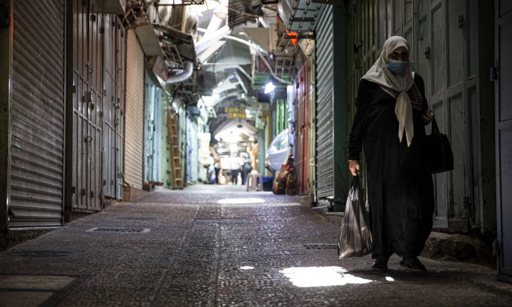 Vasárnapig meghosszabbították a járvány miatt elrendelt országos zárlatot Izraelben