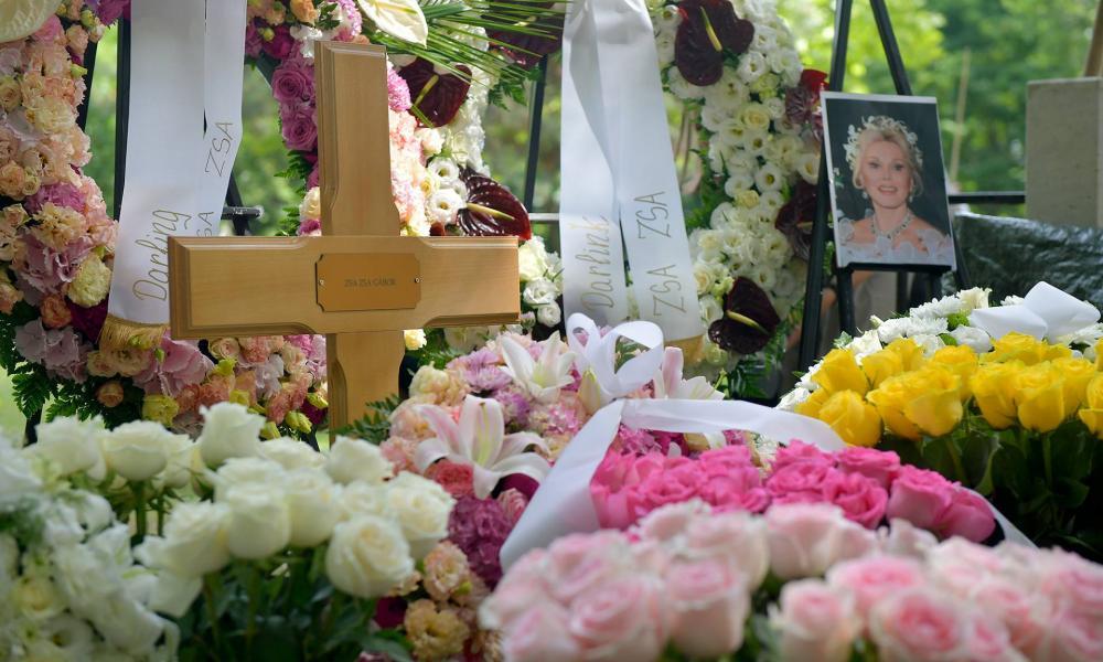 A Kerepesi temető művészparcellájában eltemették Gábor Zsazsát
