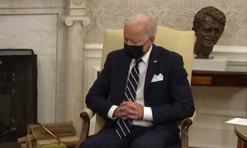 Biden elaludhatott, miközben az izraeli kormányfővel tárgyalt a Fehér Házban (videó)