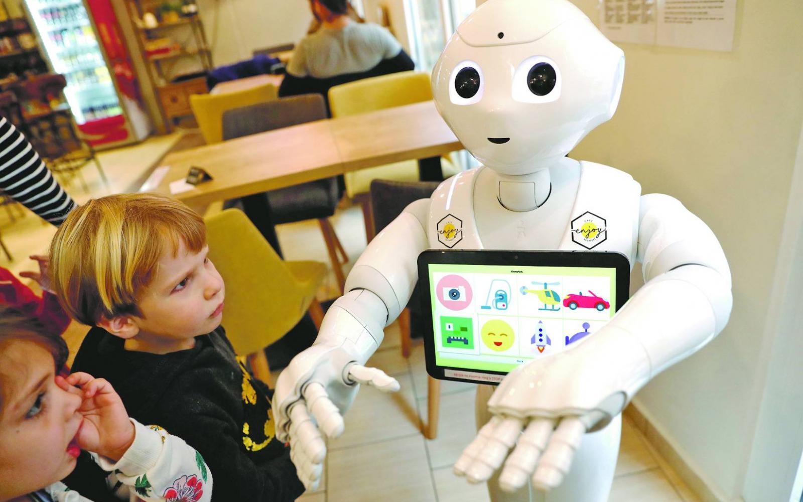 robotok működnek és pénzt keresnek Önnek