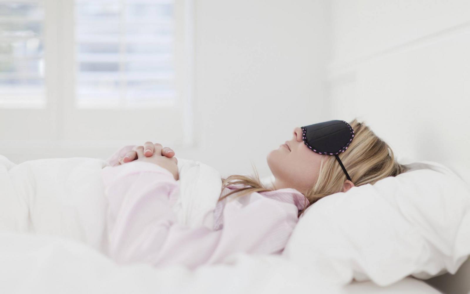 az alvás segít a fogyásban