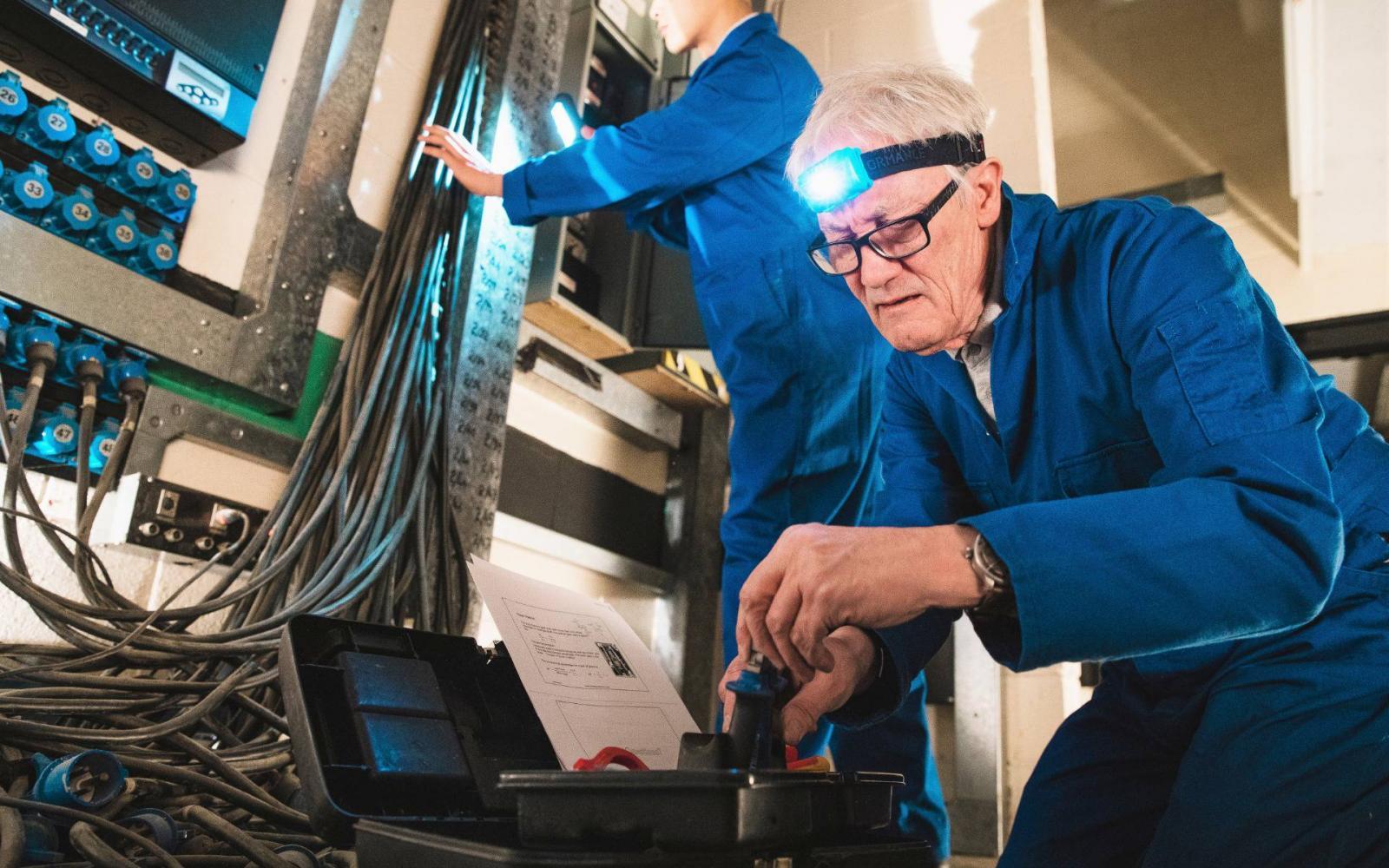 kereset az interneten a nyugdíjasok számára