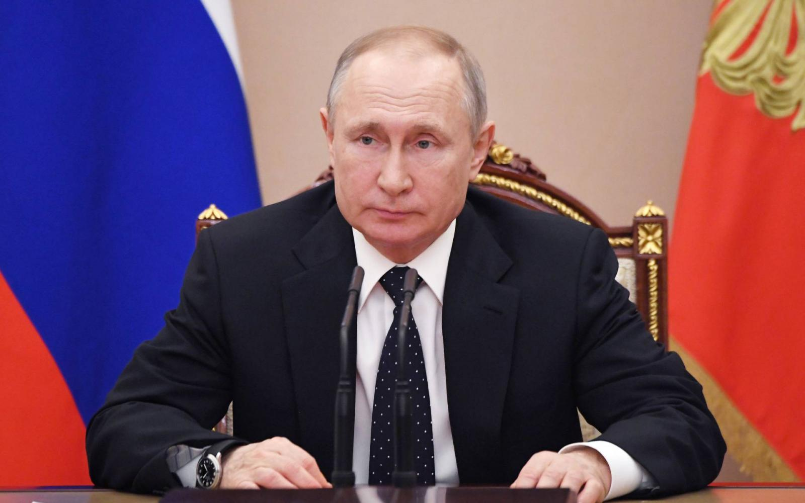 hogyan keresett pénzt Putyin
