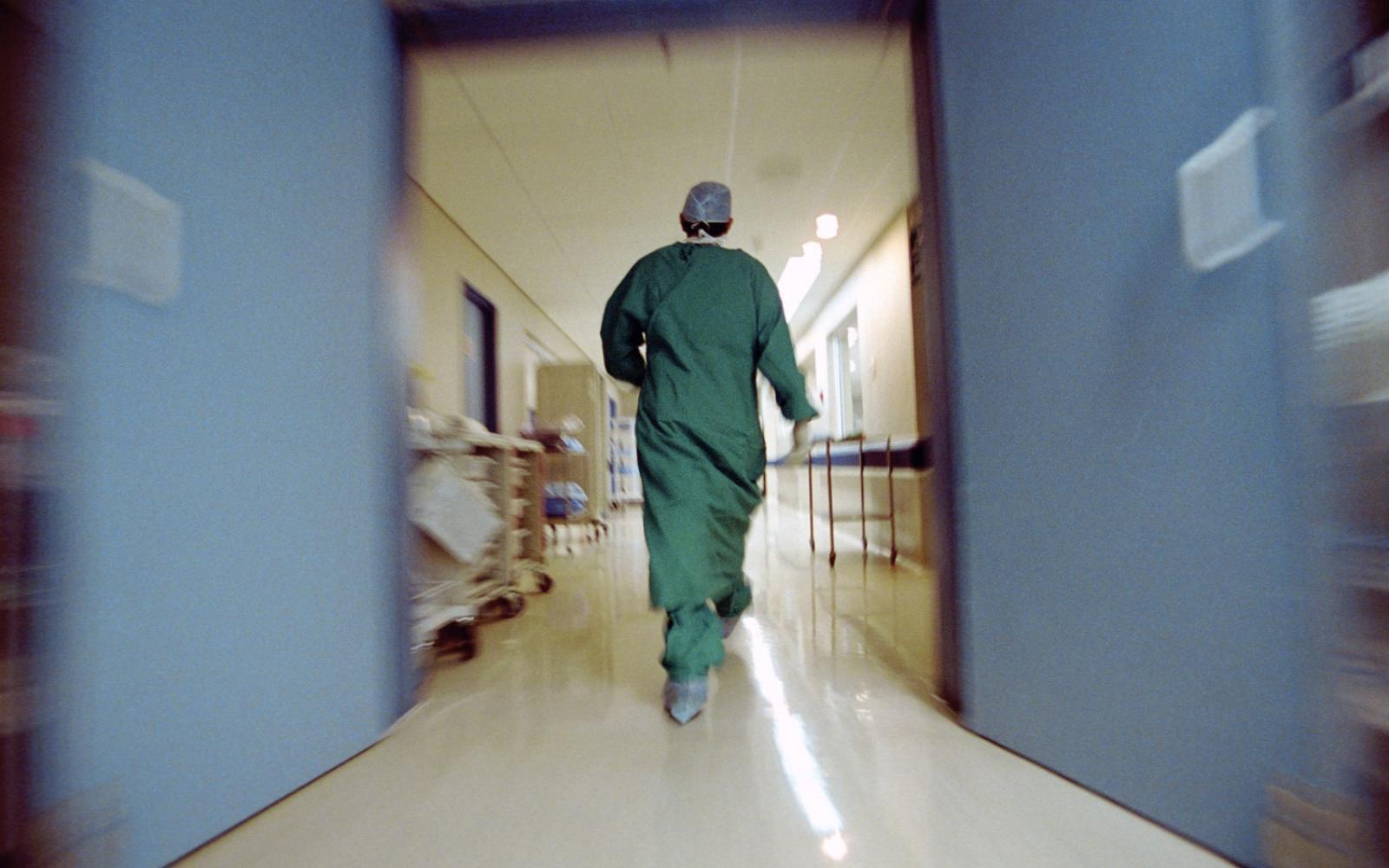 a nővér szerepe a magas vérnyomásban szenvedő betegek gondozásában)