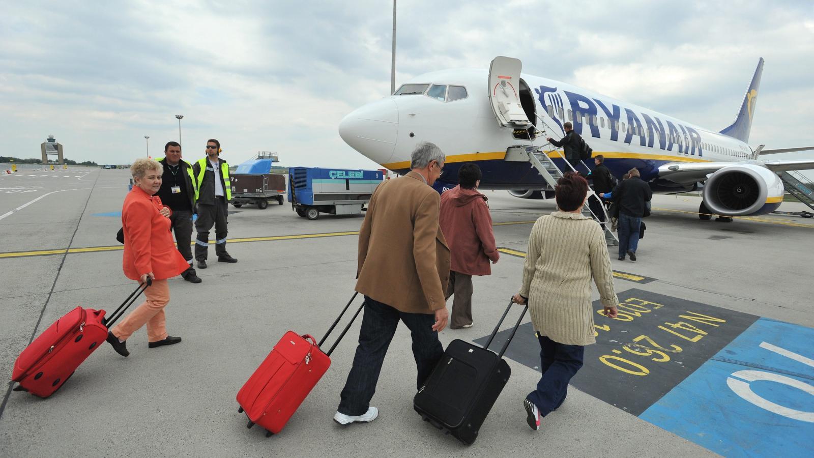 813129ee2272 Népszava Ryanair-botrány: vagy az utas, vagy a csomag repül