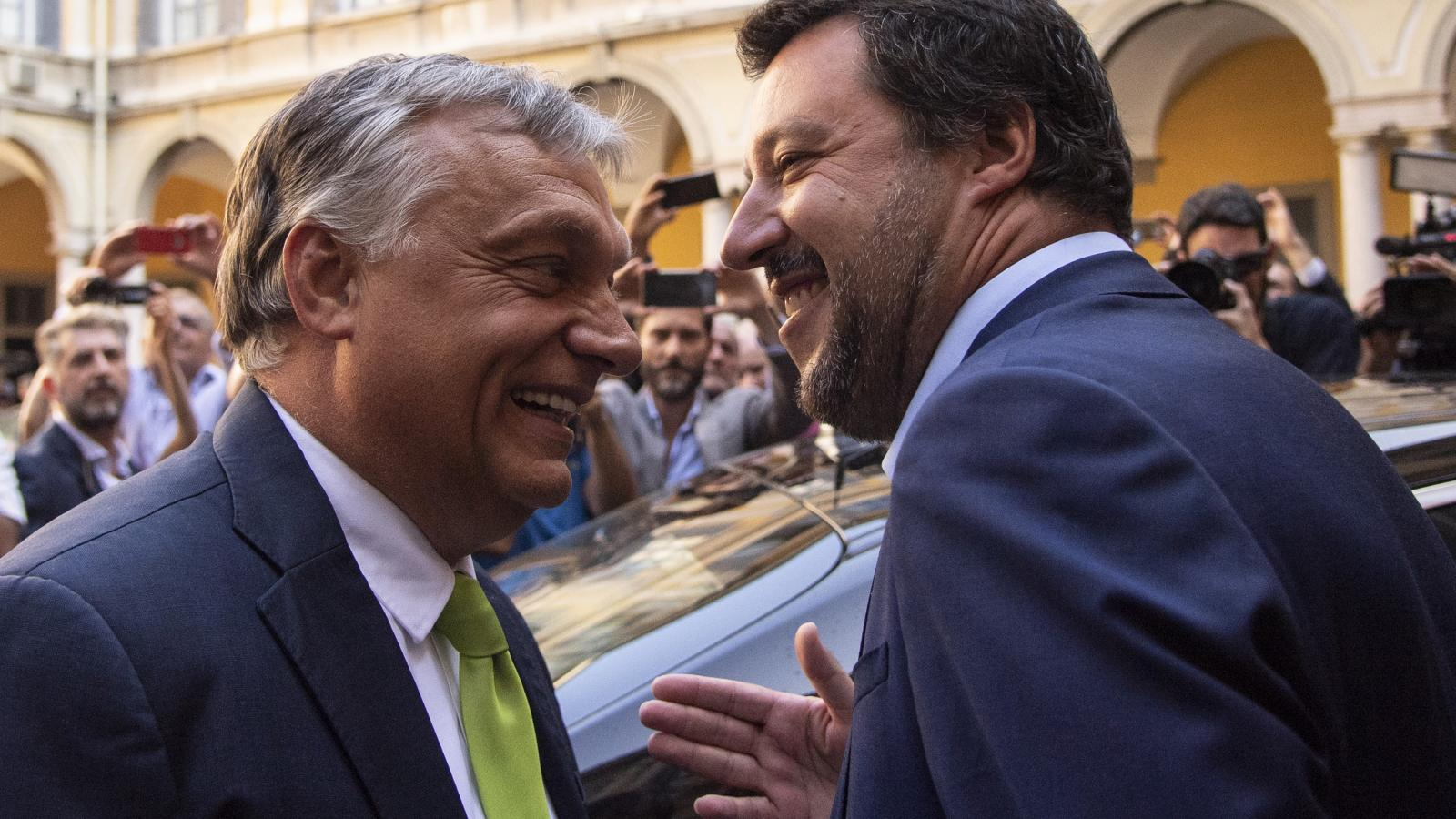 Image result for orbán olasz belügyminiszter