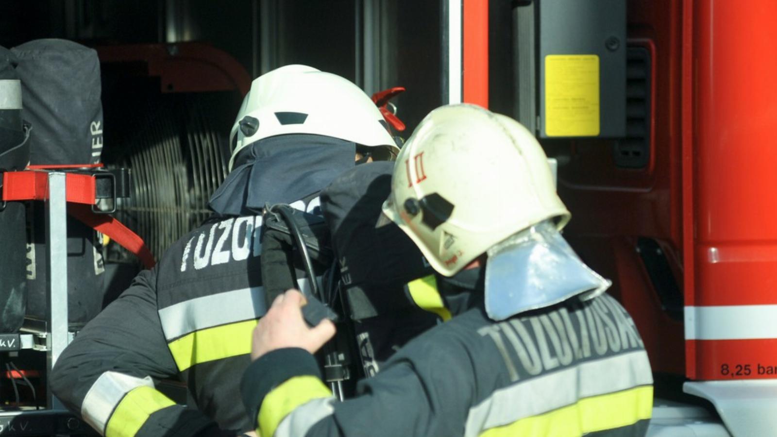 """Képtalálat a következőre: """"tűzoltók légzőfelszerelés"""""""