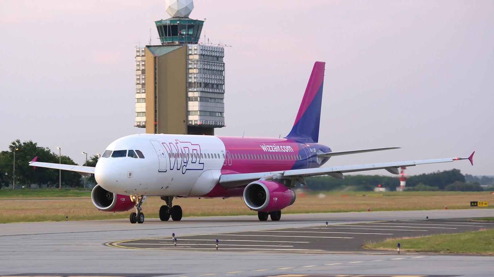 54d3c4c32807 Erőszakos utas miatt kellett visszafordulnia egy Londonba tartó Wizz Air -gépnek