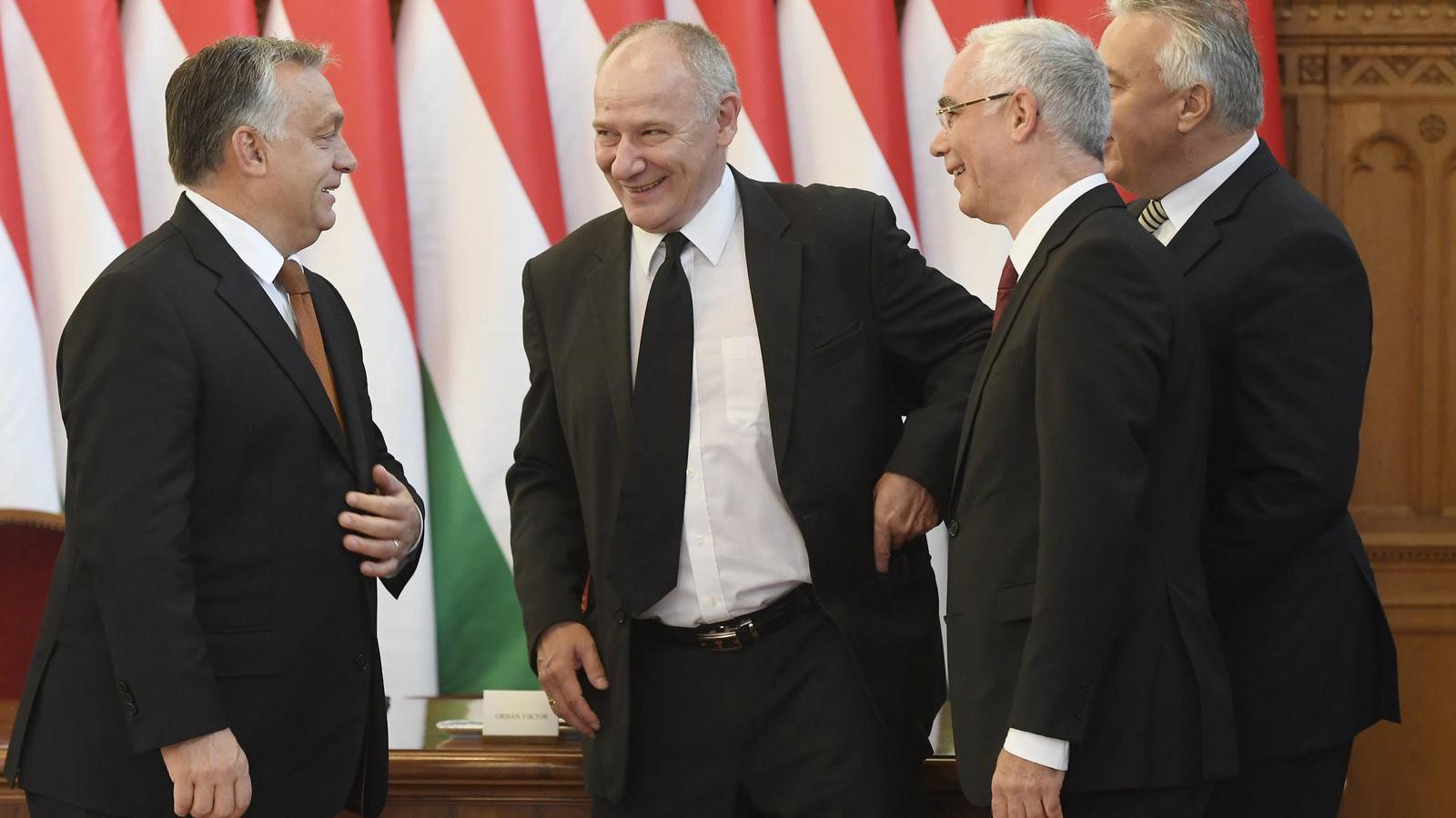 Miniszterek randevúk