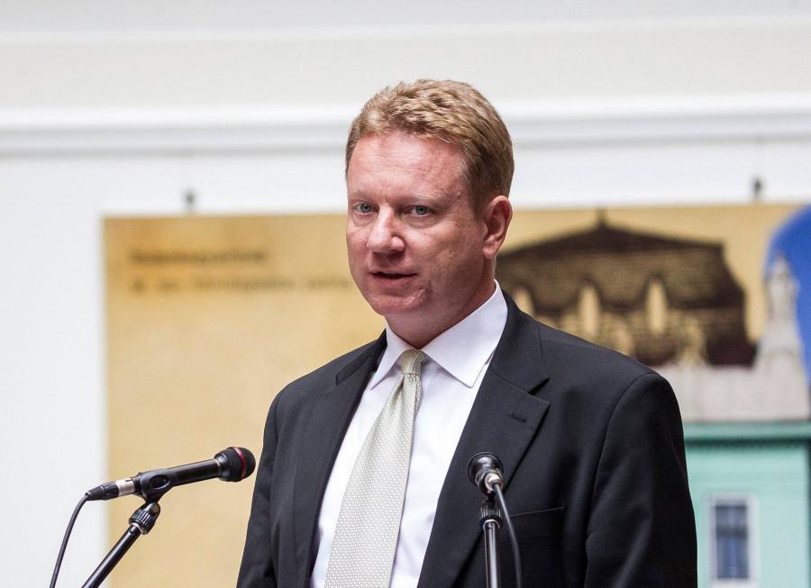 Letiltotta a Helsinki Bizottság képzéseiről a bírókat az OBH