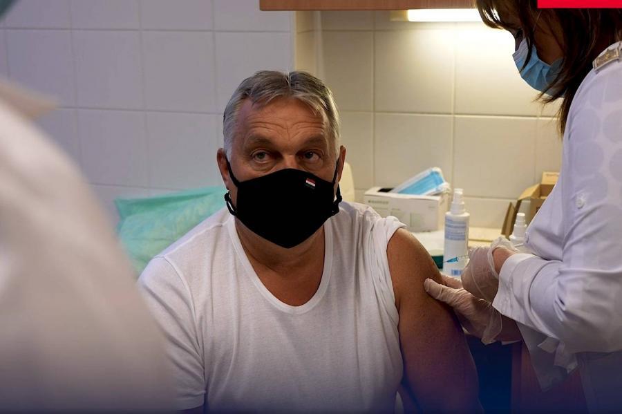 Orbán megkapta a harmadik oltást