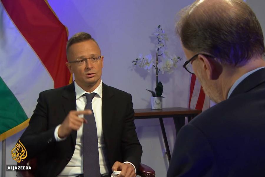 Szijjártó Péter interjút adott a pánarab hírtévének