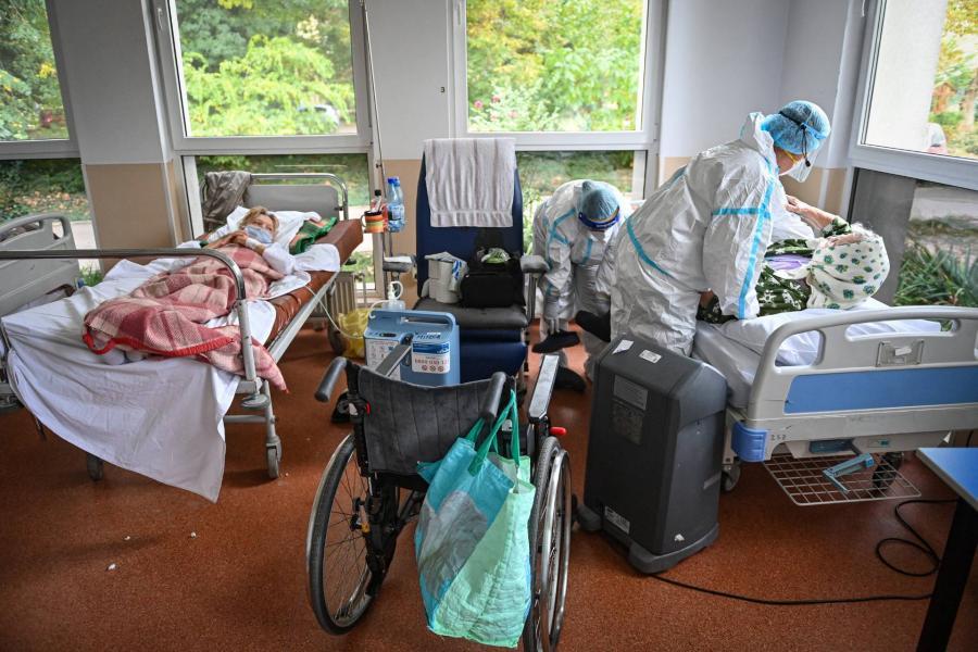 Lassul a járvány terjedése Romániában, de messze még a vége